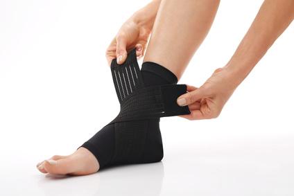 Hilfsgeräte: Orthesen / Bandagen